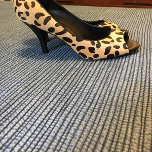 Banana Republic Shoes - Banana Republic leopard peep toe pumps